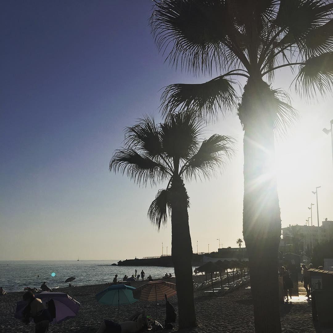 Atardeceres En La Playa Torrecilla Nerjaturismo Nerjahoy  # Muebles Hermoso Nerja