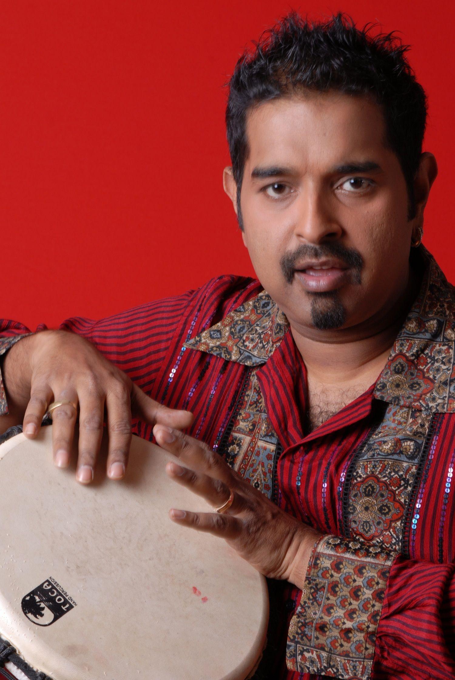 Shankar Mahadevan Biography, Age, Wife, Children, Family