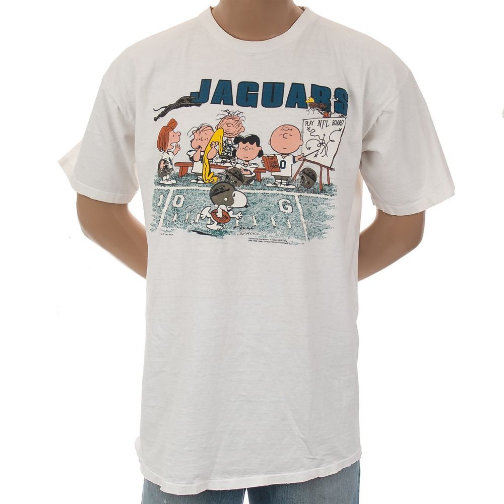 34ab839b #JaguarsFootball T Shirt #VintageClothing #90s #Peanuts #Snoopy NFL  Football Charlie Brown Distressed #GarmentGraphics #GraphicTee  #SomeLikeItUsed