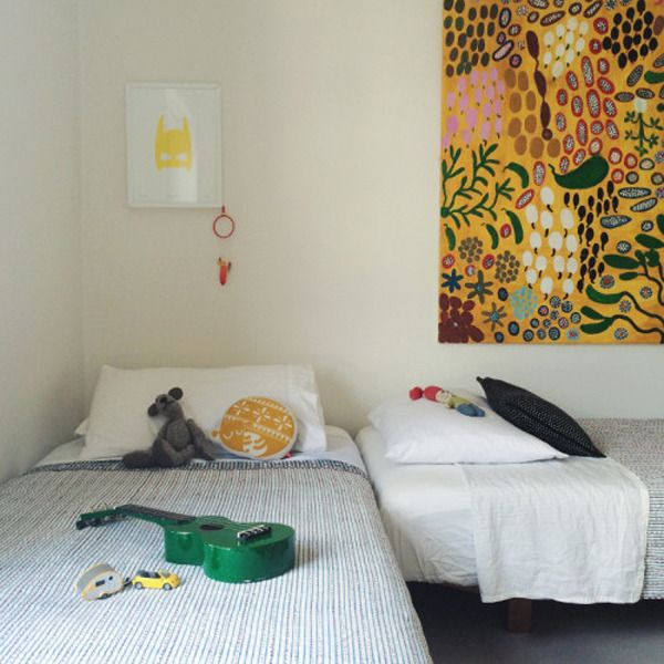 Shared room with an eclectic touch