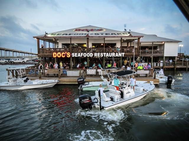 Casual Waterfront Seafood Restaurant In Corpus Christi Offering Fresh And Texas Steaks Catch Live Music Downstairs At The Waterline Bar Grill