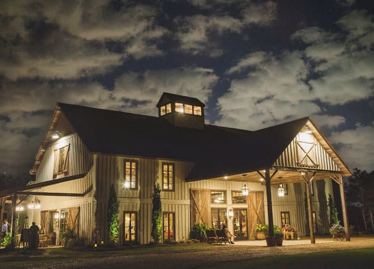 The most gorgeous wedding venue in Mississippi - The Barn at Bridlewood