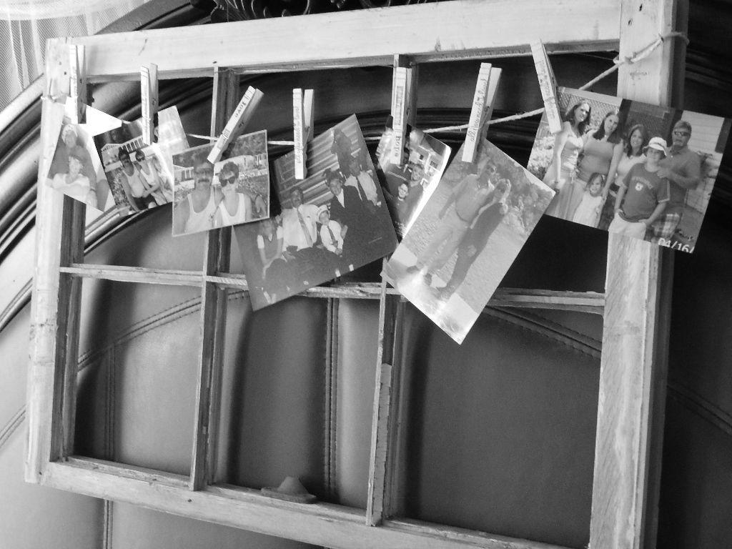 Old window   I love clothespins!!!!   Pinterest   Deko