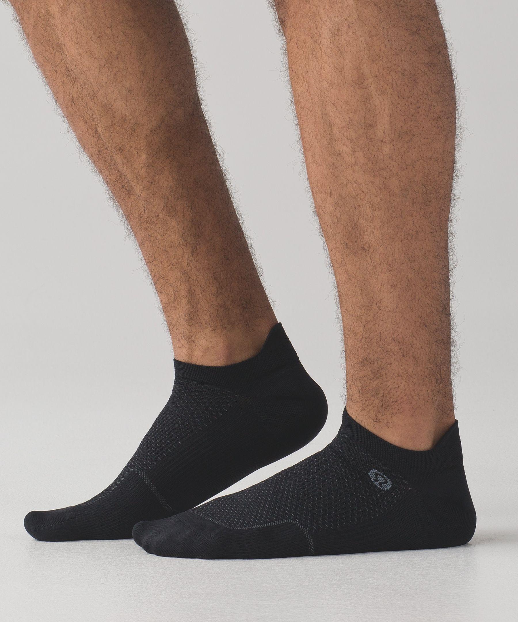 cd37139b5 lululemon Men's Surge Sock Silver, | Products | Socks, Running socks ...