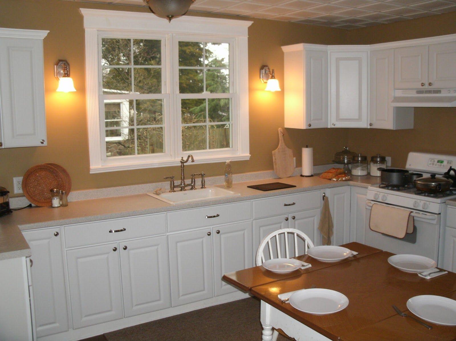 Como amueblar una cocina cuadrada simple cheap fabulous for Distribuir cocina cuadrada