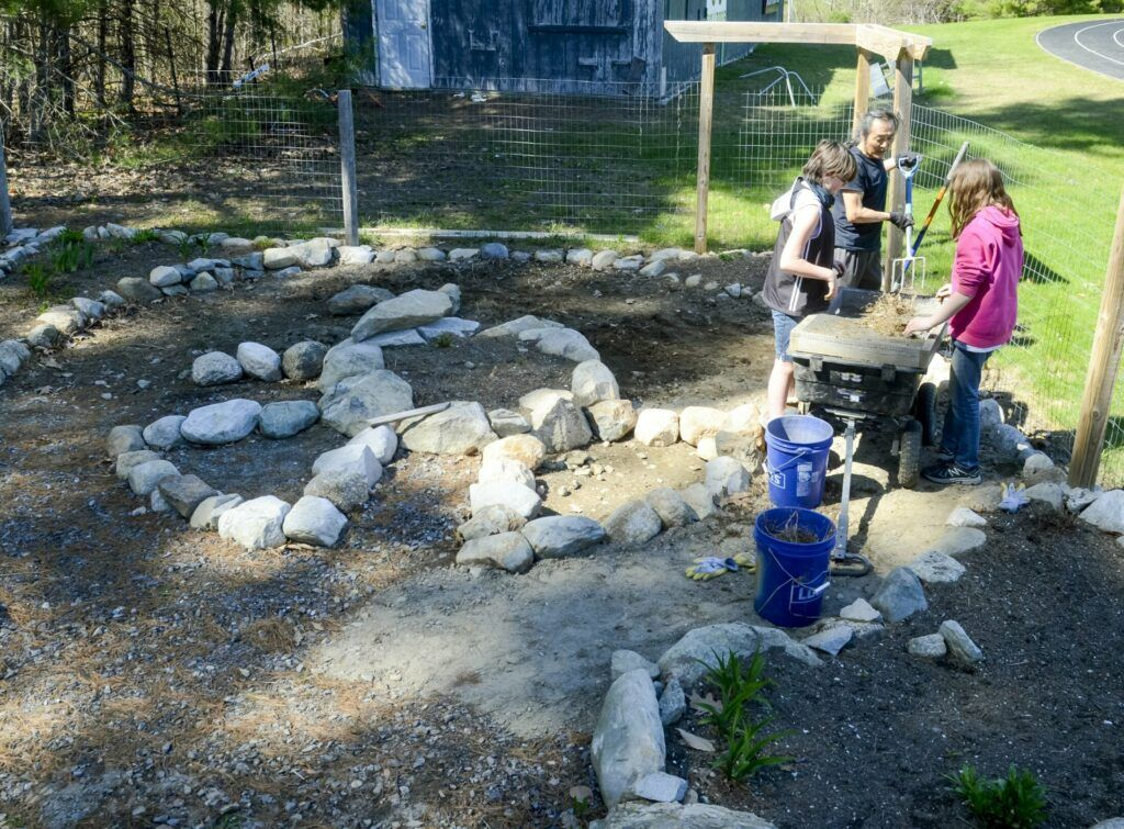 New HallDale High School garden 'a place to learn