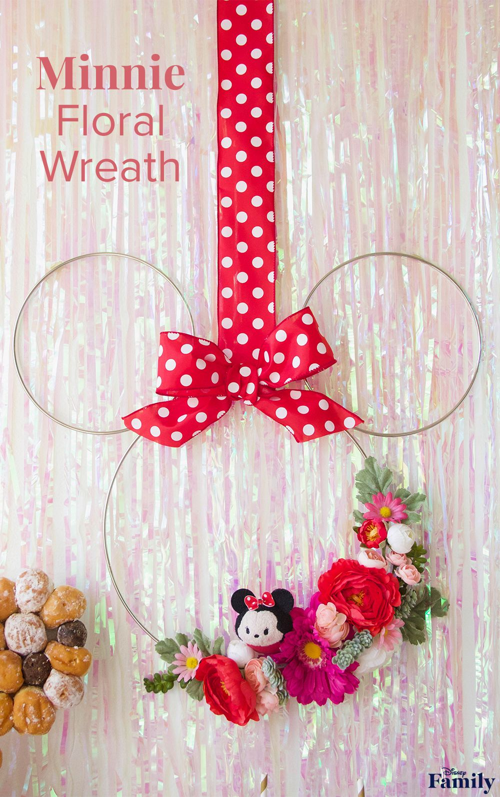 This DIY Minnie Floral Wreath Is Perfect for Spring #disneycrafts