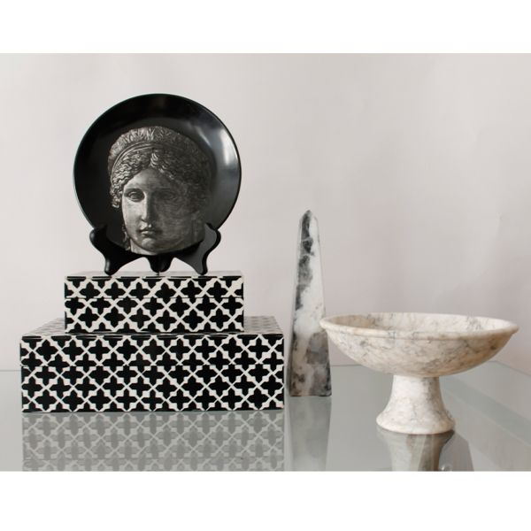 STYLING INSPIRATION:  Neoclassical Vignette | AbsolutelyInc.com