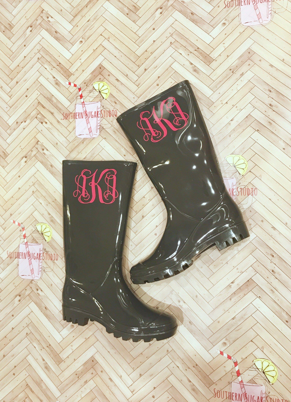 217639e7fa8a3 Monogramed Gray Rain boots , Rain Boots, Personalized rain boots ...