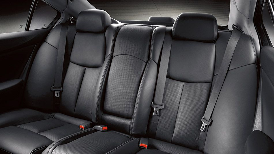 Discover The 2014 Nissan Maxima From All Angles Nissan Maxima Car Dealership Nissan
