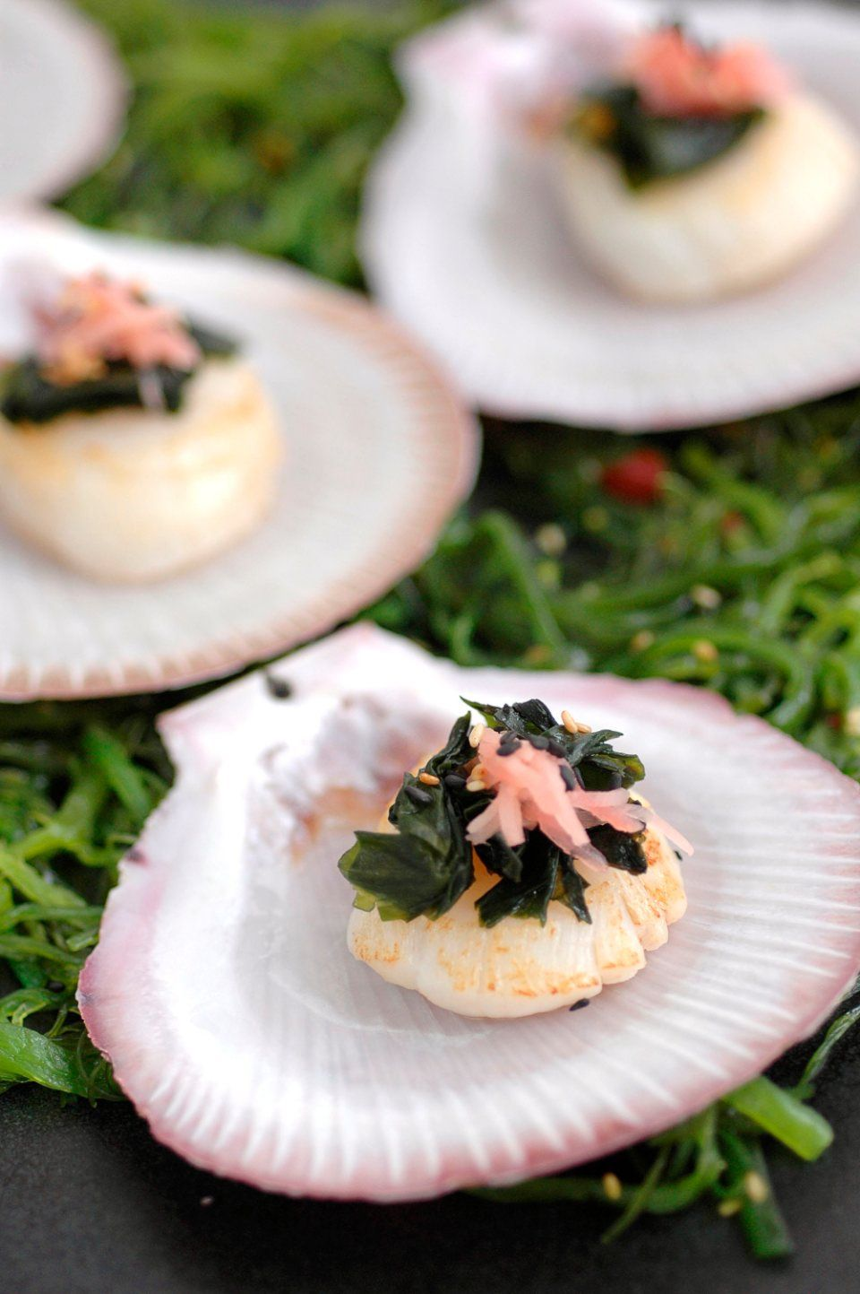 sea scallops with sesame and wakame recipe with images recipes food shellfish recipes pinterest