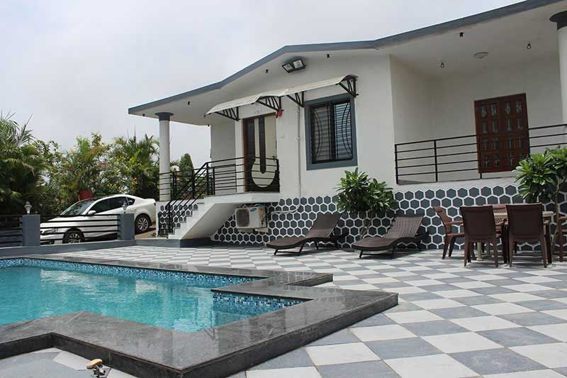 2BHK Luxurious Bungalow With Private Swimming Pool For Daily Rent In Igatpuri