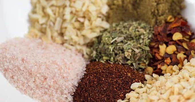 Homemade Taco Seasoning: make your own taco seasoning mix at home