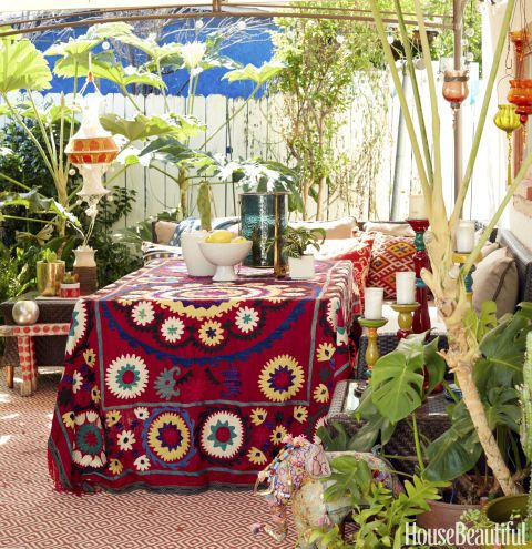 """This California Cottage Will Make You Fall in Love With """"Jungalow"""" Style"""