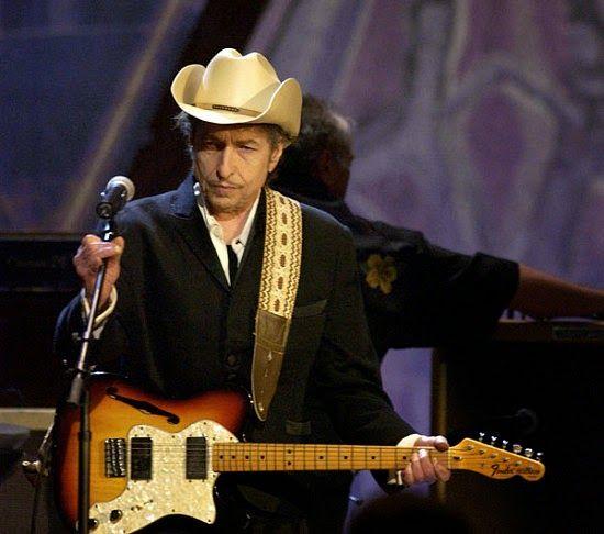 ACONTECE: Bob Dylan deve se apresentar em agosto no Recife