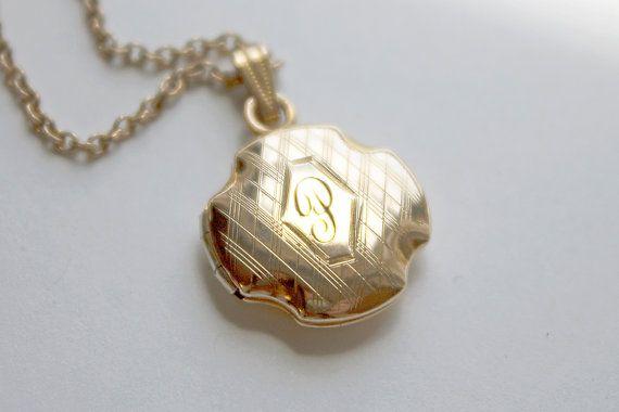Heirloom Jewelry Keepsake Locket Pendant Antique Victorian Gold Filled Star Burst Horse Shoe Locket Pendant
