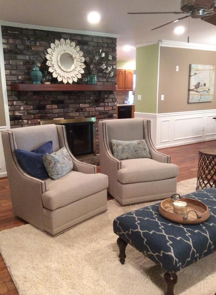 Barnett Furniture   2014 Customer Orders  Clayton Marcus Brie Swivel Chairs