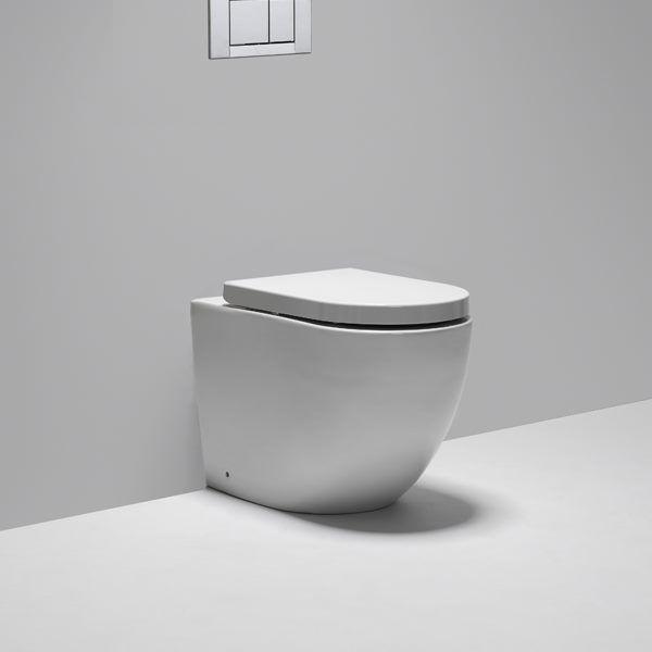 Blu Bathworks Halo Dual Flush Floor Mount One Piece Toilet With In