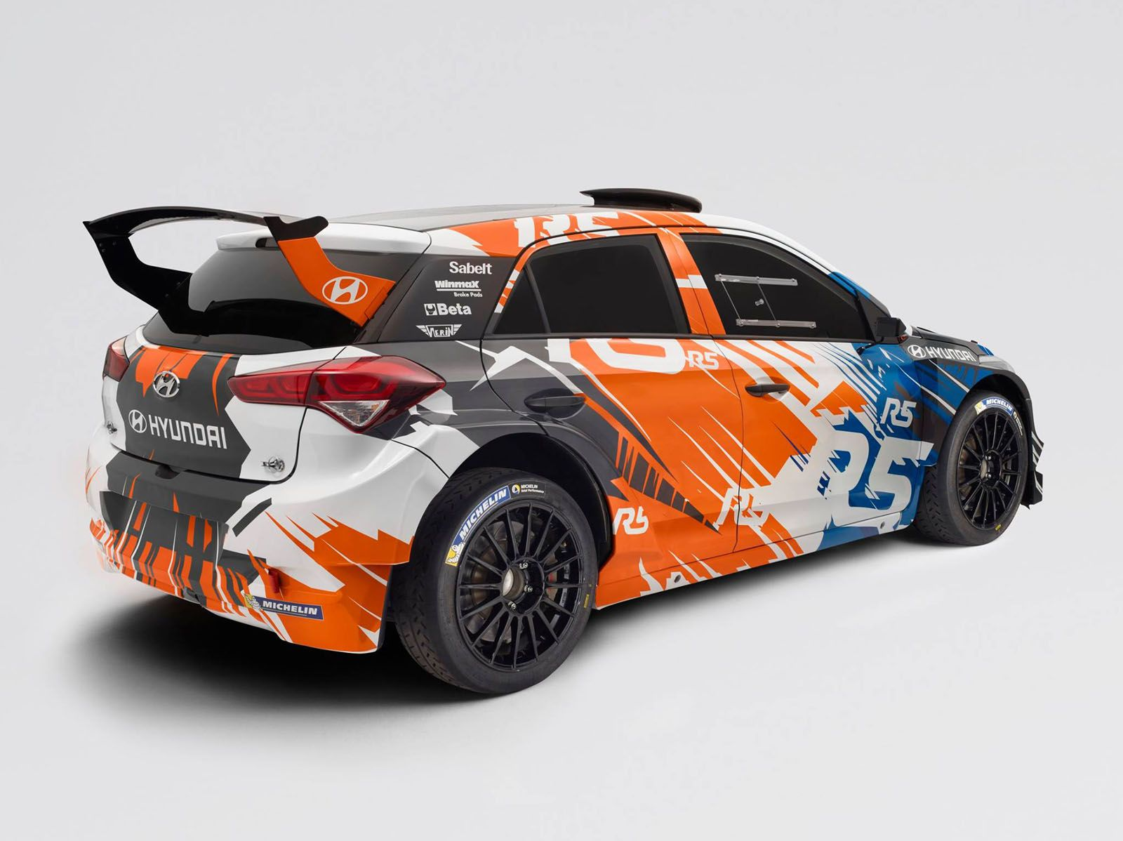 Hyundai Motorsport\'s first customer car just debuted in the form ...