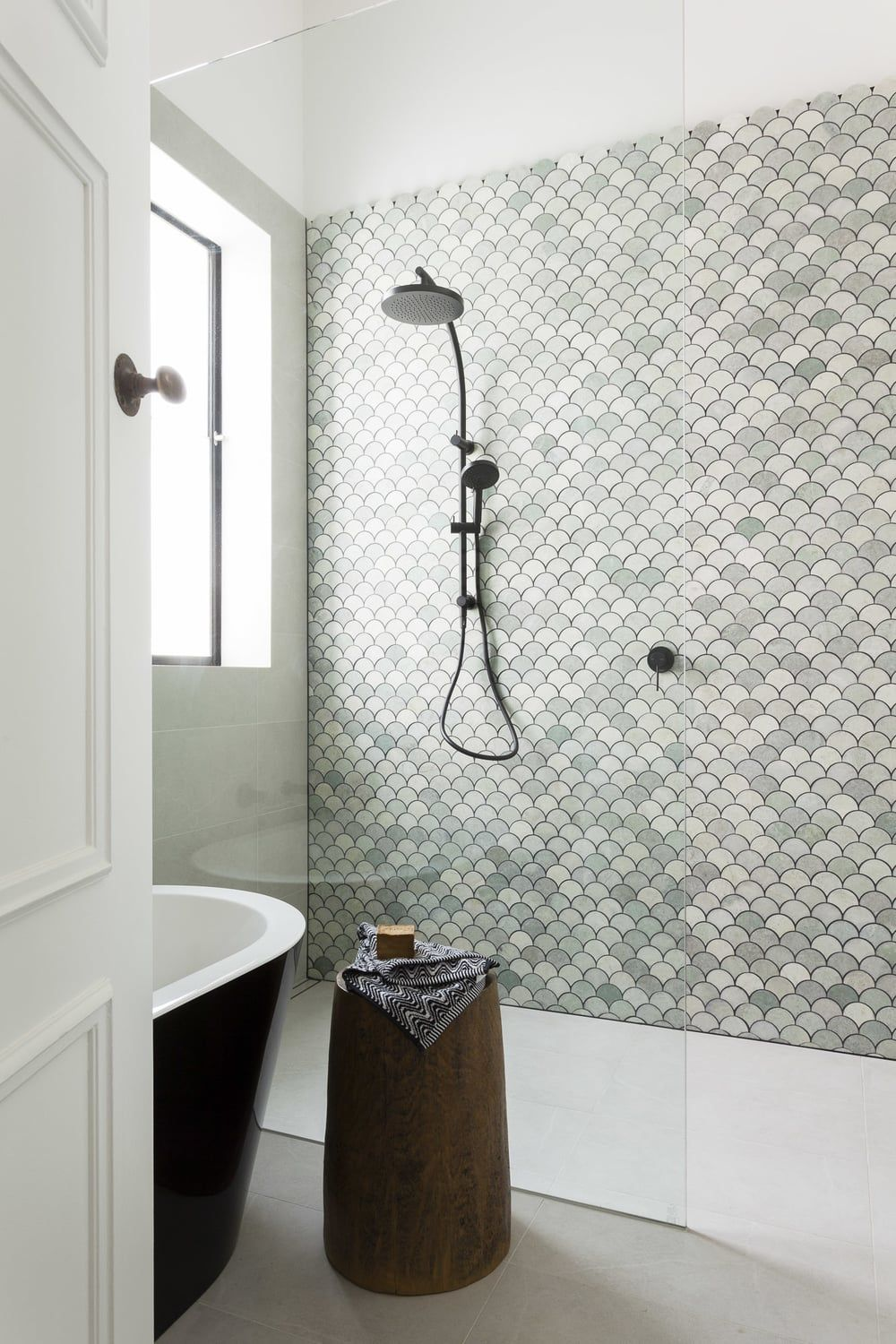Beautiful Bathroom Makeover Marble Fan Tiles Petrina Turner - Beautiful bathroom makeovers