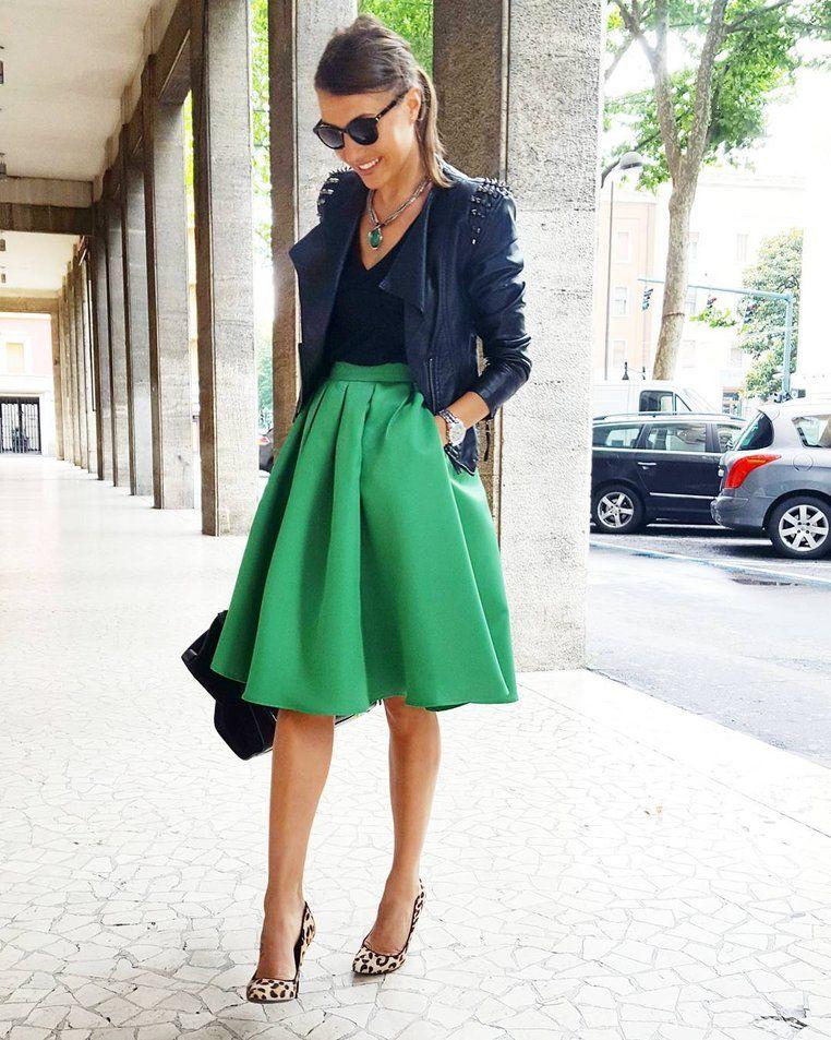 jupe patineuse longue avec perfecto et escarpins mode femme tendance et l gante. Black Bedroom Furniture Sets. Home Design Ideas