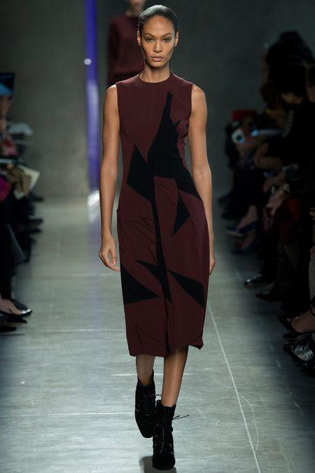 Bottega Veneta F W 2014 Black And Dark Red Graphic Dress Black Lace Pumps Garance Dore Fashion Fall 2014 Fashion Fashion Week