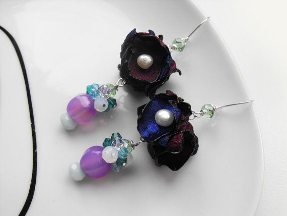 Beaded+dfangle+earringswith+fabric+by+Accessories4women+on+Etsy,+$38.00