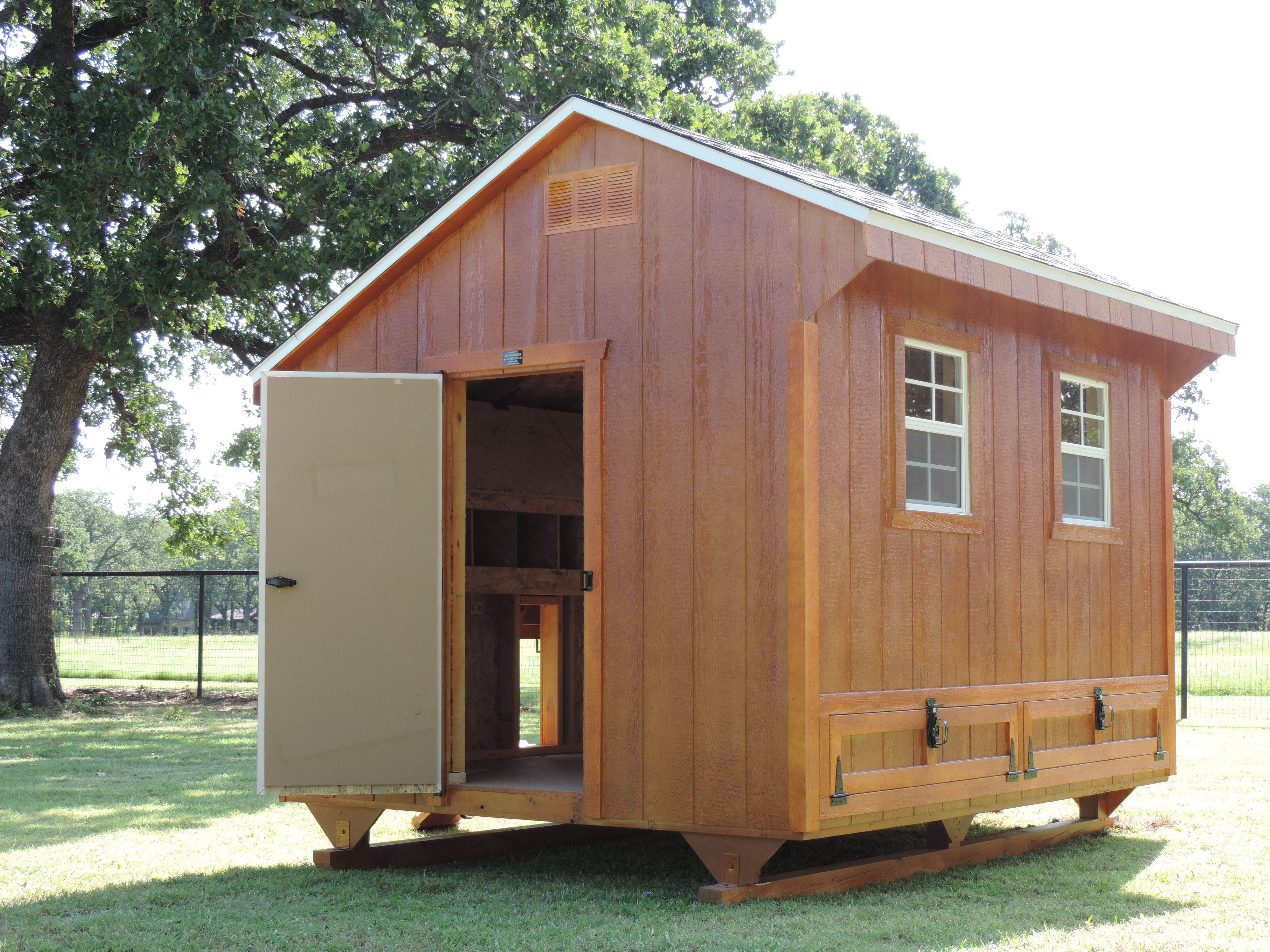 8x12 Plymouth Coop. | JH Woodworks Chicken Coops | Pinterest | Coops