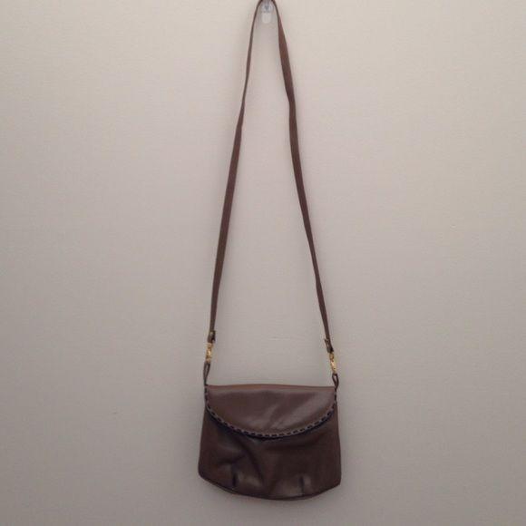 Andrew Geller Vintage Taupe Crossbody Bag Andrew Geller Vintage Taupe w/ Stitching Crossbody Bag Andrew Geller Bags Crossbody Bags