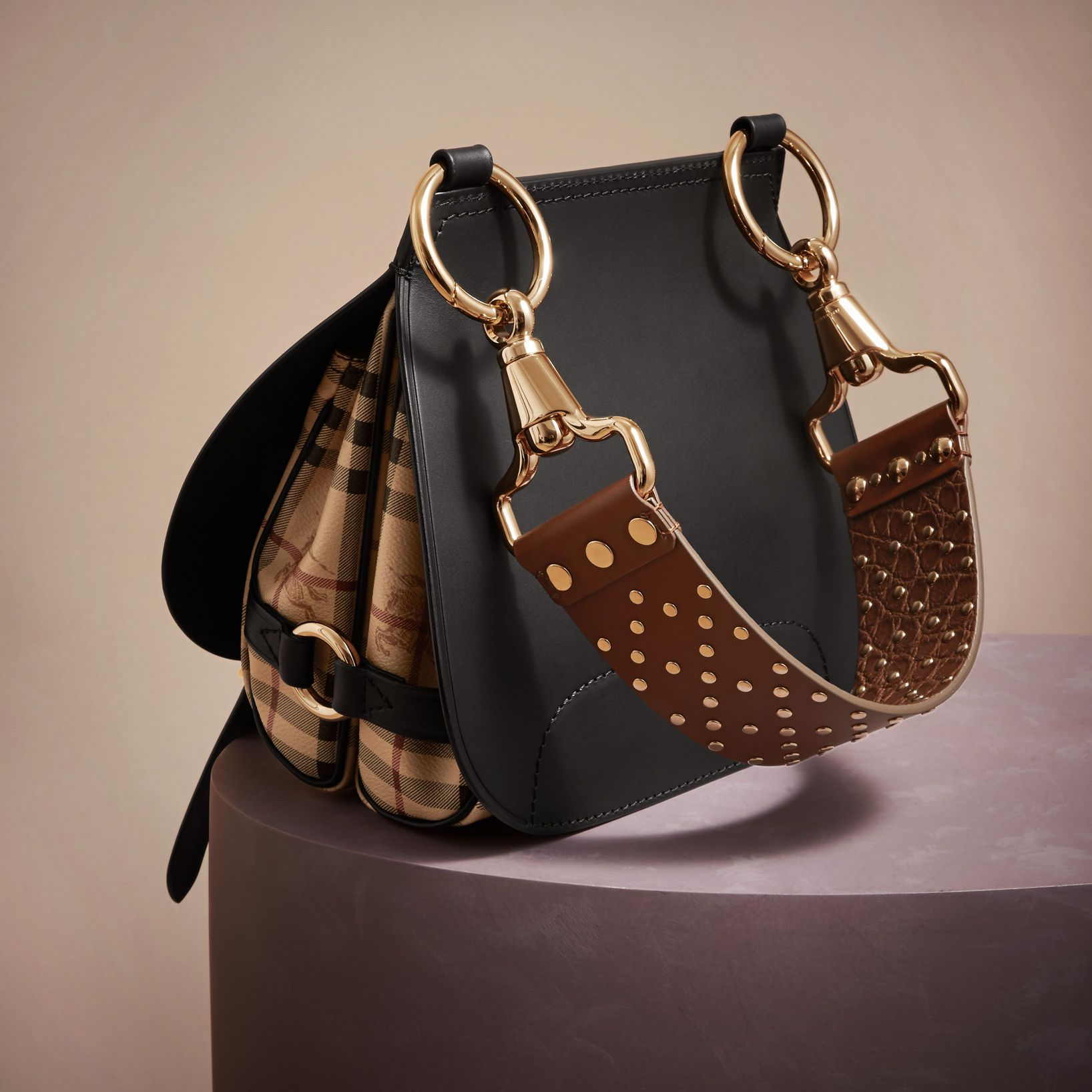 Moda de lujo para mujeres |  Oficial de Burberry®  – Bolsa