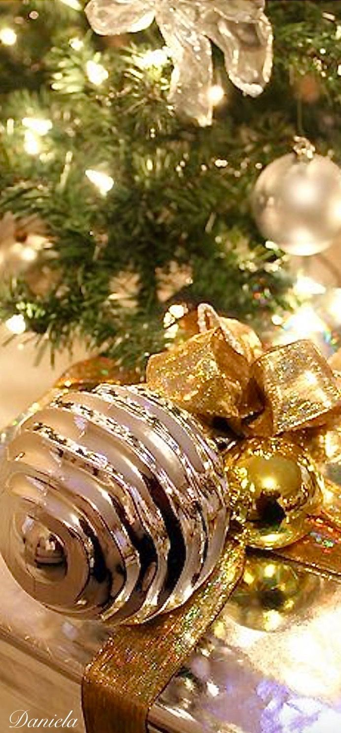 Pin by daniela on christmas colours pinterest gold