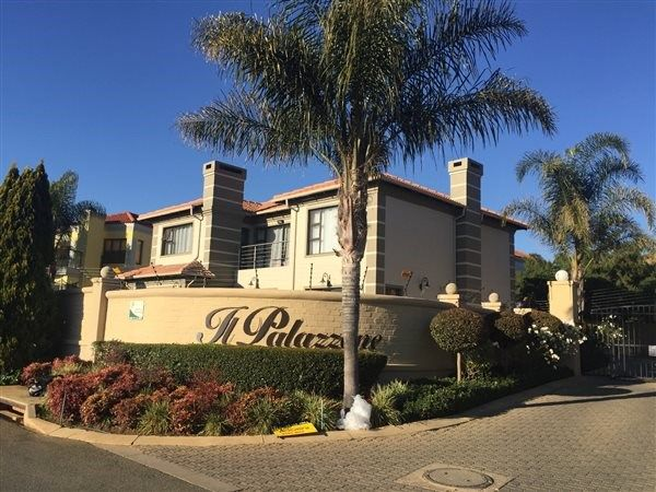 Explore this property 4 Bedroom House in Ruimsig