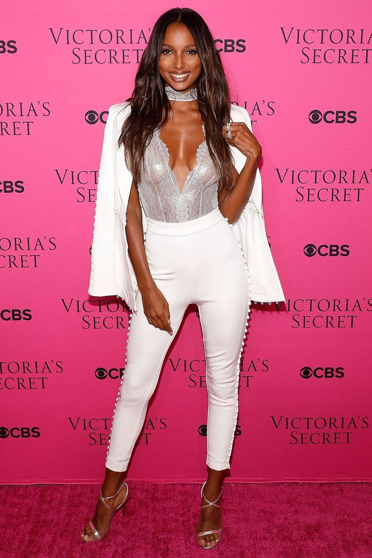 Discussion on this topic: It's Official: Jasmine Tookes is Making Pink , its-official-jasmine-tookes-is-making-pink/