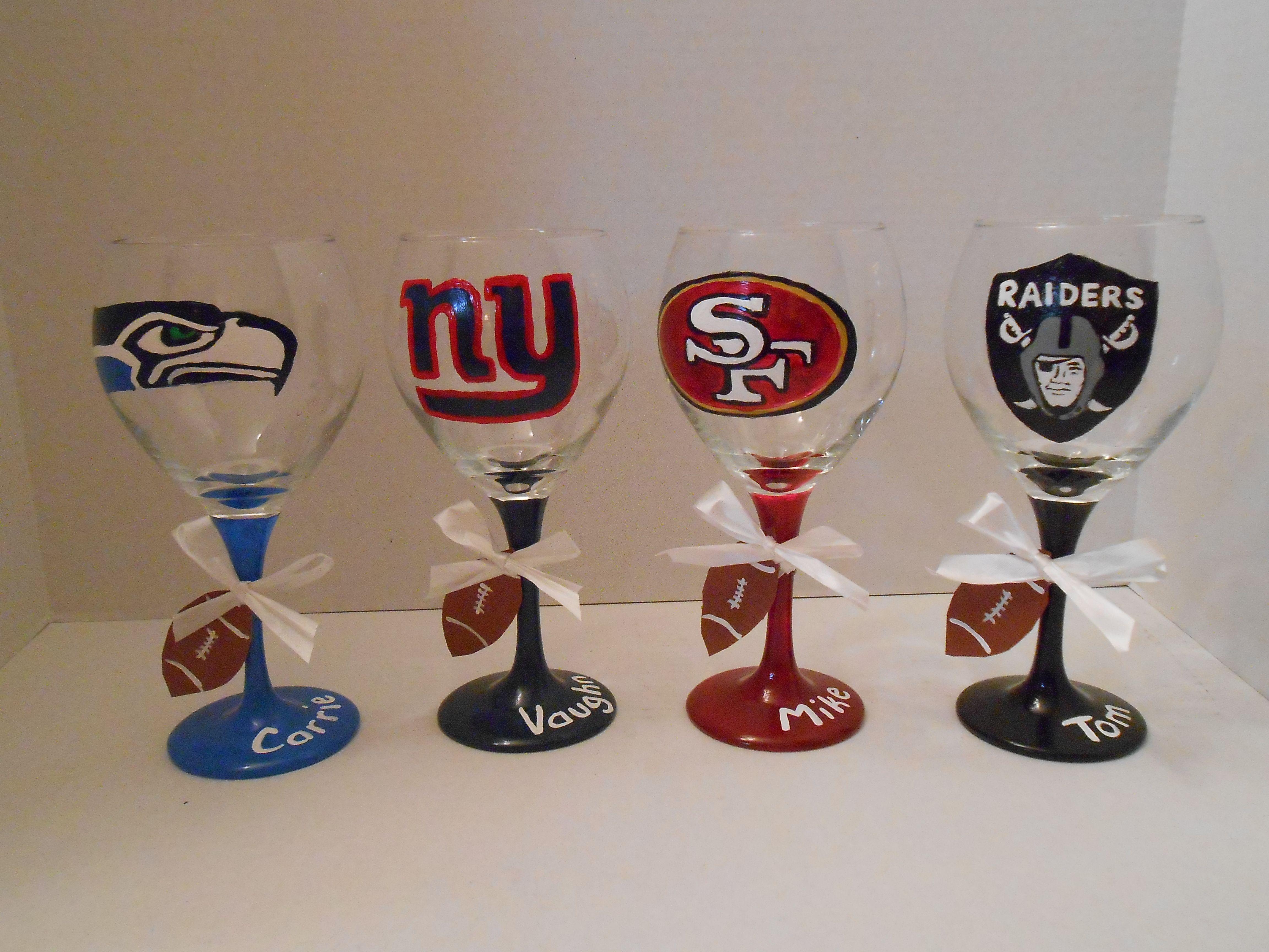 Football Rivals Diy Wine Glass Wine Glass Crafts Diy Wine Glasses