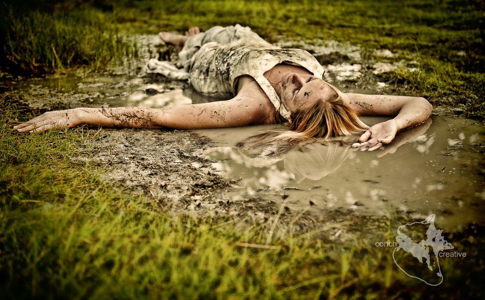 Trash The Dress Mud