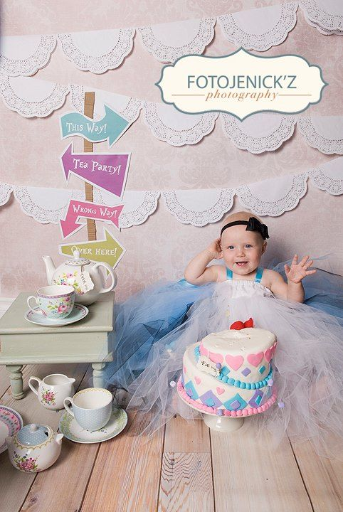 Alice In Wonderland Theme For A Cake Smash Session Credit