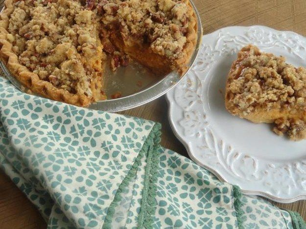 Pumpkin Pie with Cinnamon-Pecan Topping | Community Post: 23 Delish Desserts To Bring To Thanksgiving