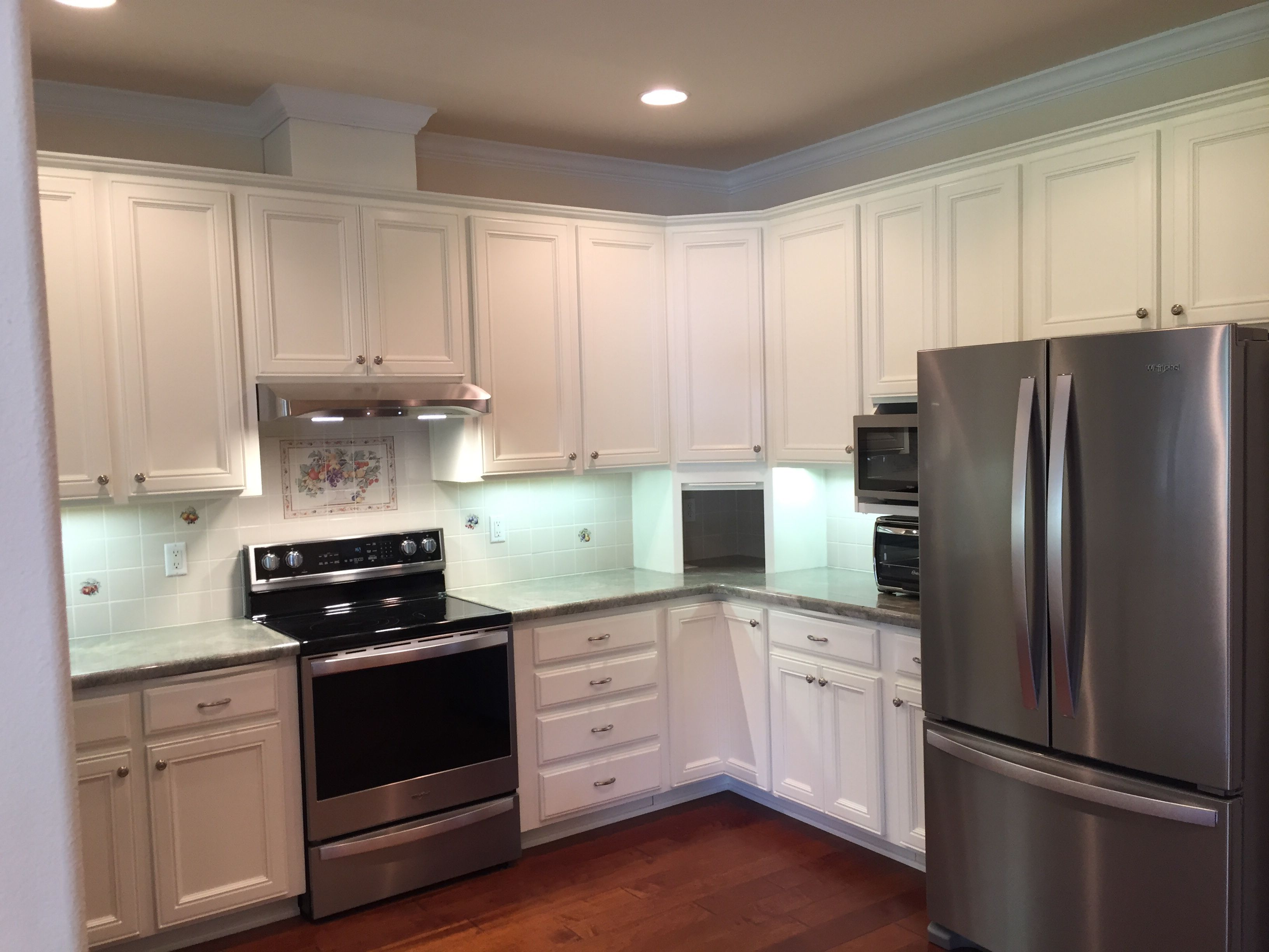 Tired Of The Old Worn Out Look Don T Replace Your Cabinets That S Way Too Expensive Renew Your Space And Increase Th Kitchen On A Budget Kitchen Diy Kitchen