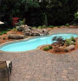 Phoenix Fiberglass Pools With Images Pool Landscaping