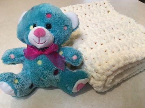 Easy V-Stitch Baby Blanket | Baby blanket crochet, V stitch, All free crochet