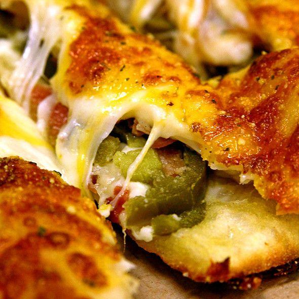 Bacon Jalapeno Stuffed Cheesy Bread Domino S Pizza Food Cheesy Bread Stuffed Jalapenos With Bacon