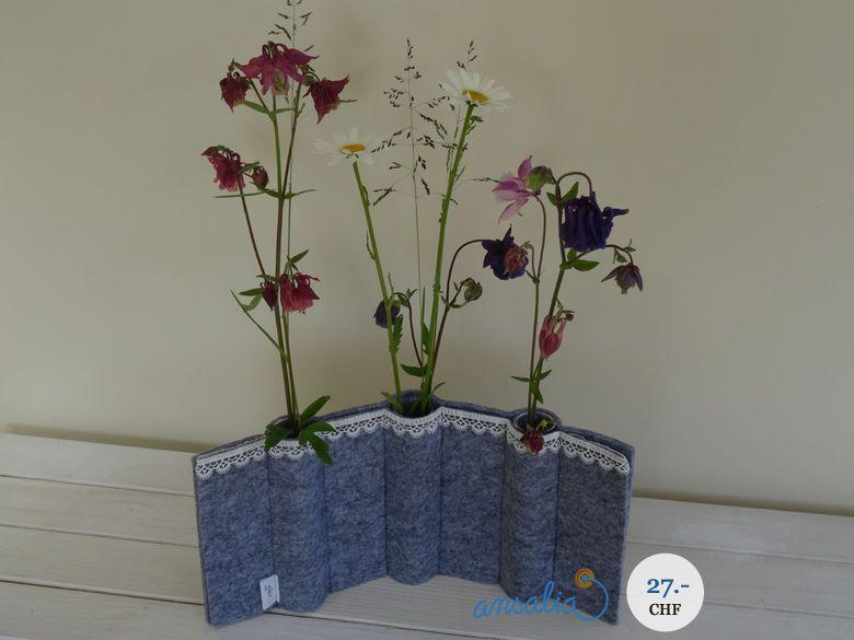 """Eine besondere Filzvase von """"gäbix"""" für alle Blumenliebhaber!"""