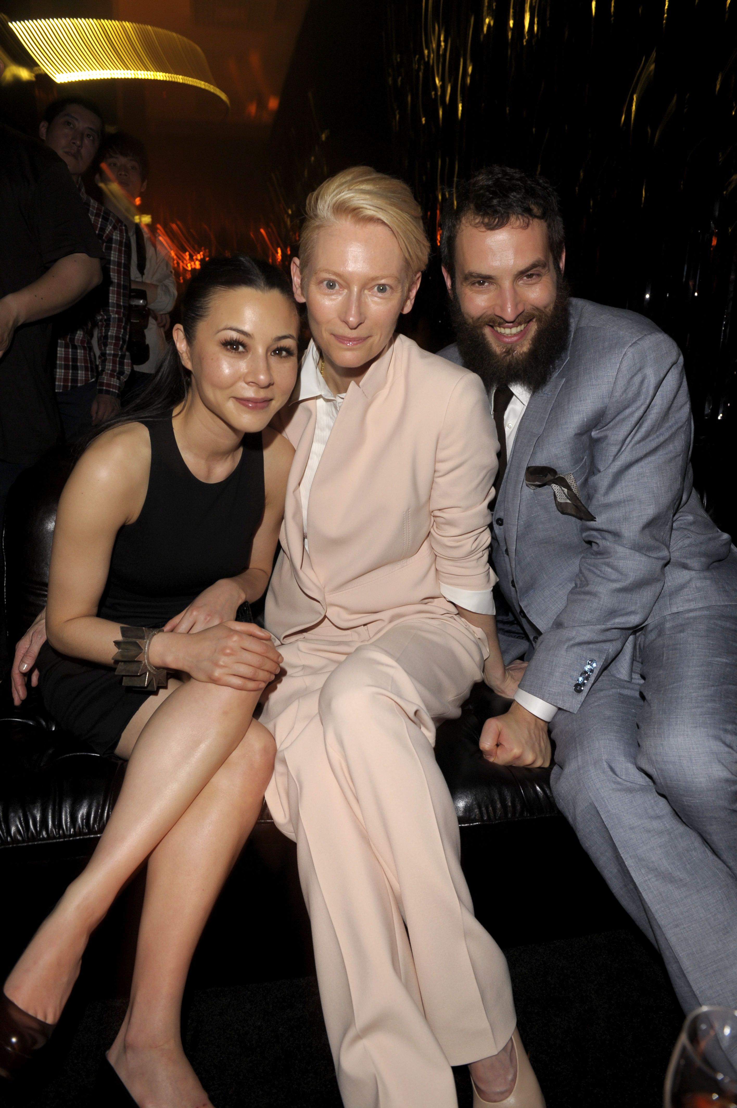China Chow Outfit Hugo Tilda Swinton Outfit Boss Black And