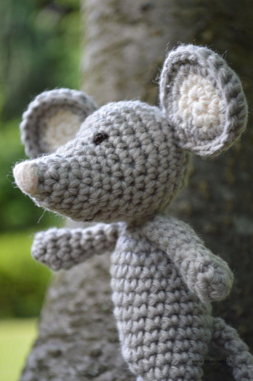 Der kleine Hund Wuff ist in Love. Die kleine Maus Vieps hat es ihm ...