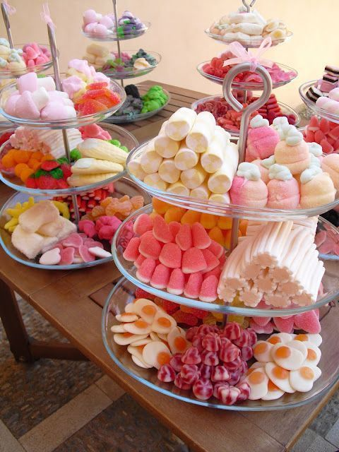Love Is Sweet: 55 Wedding Candy Bar Ideas | HappyWedd.com #PinoftheDay #sweet #l…