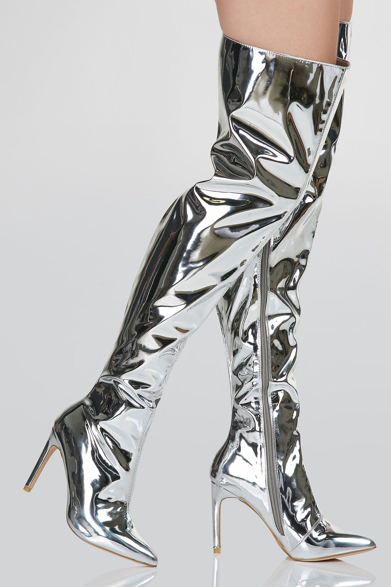 Sexy thigh high stilettos with shiny metallic finish. Side zip ...