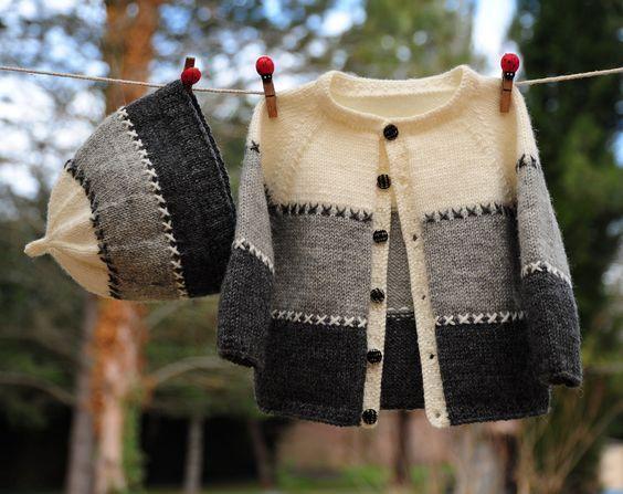 layette ensemble 3 mois brassière et bonnet tricotés main : Mode Bébé par com3pom: