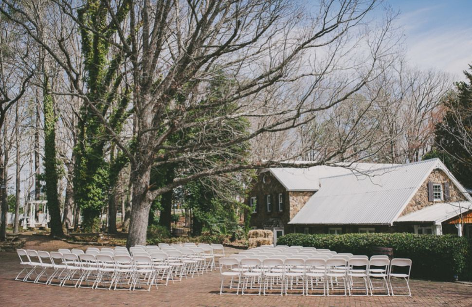 Find Stonewall Farm Wedding Venues One Of Best Barn Wedding Venues Nc Farm Wedding Venue Barn Wedding Venue Wedding Venues