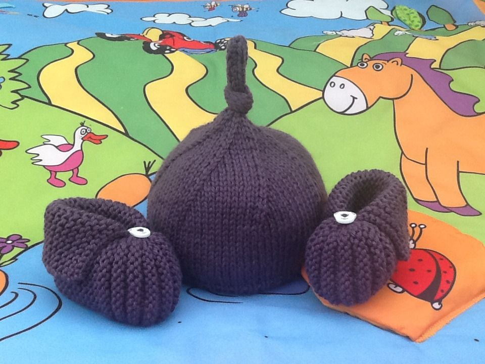Bonnet lutin et chaussons citrouille bébé tricot prune ...