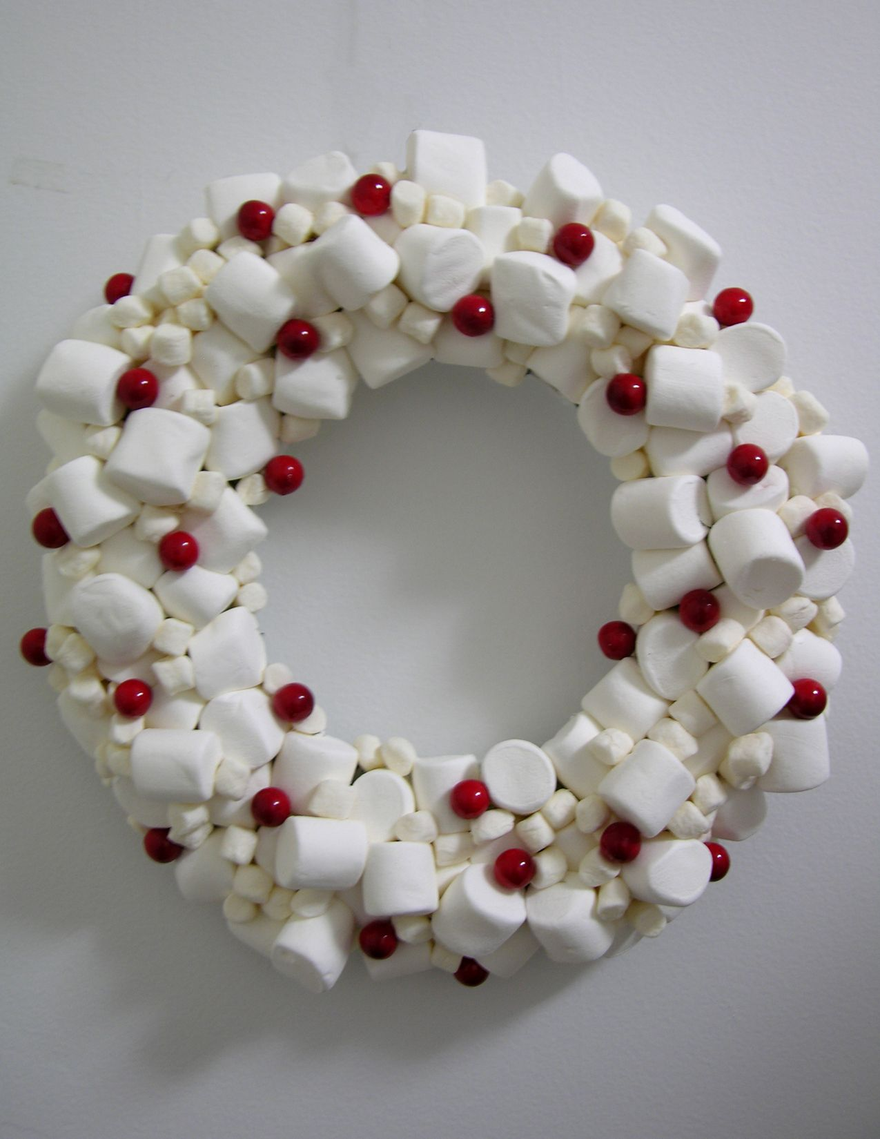 Marshmallow Wreath So Cute For Decor For A Hot Cocoa Party Hot